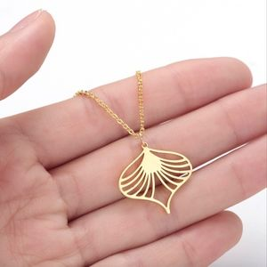 Dainty Gold Hollow Heart Scroll Pendant Necklace